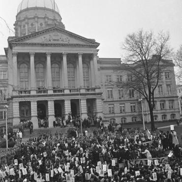 Supporters of Julian Bond at the Georgia State Capitol in 1966