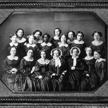 photograph of Oberlin women graduates